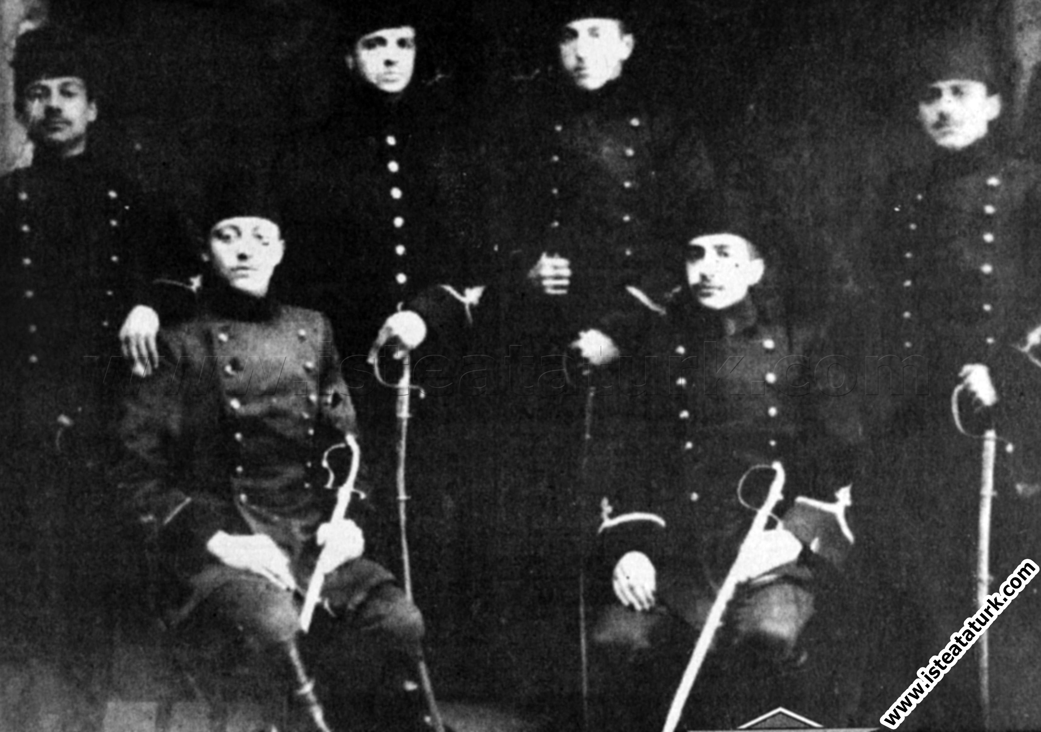 Mustafa Kemal Askeri Okulda