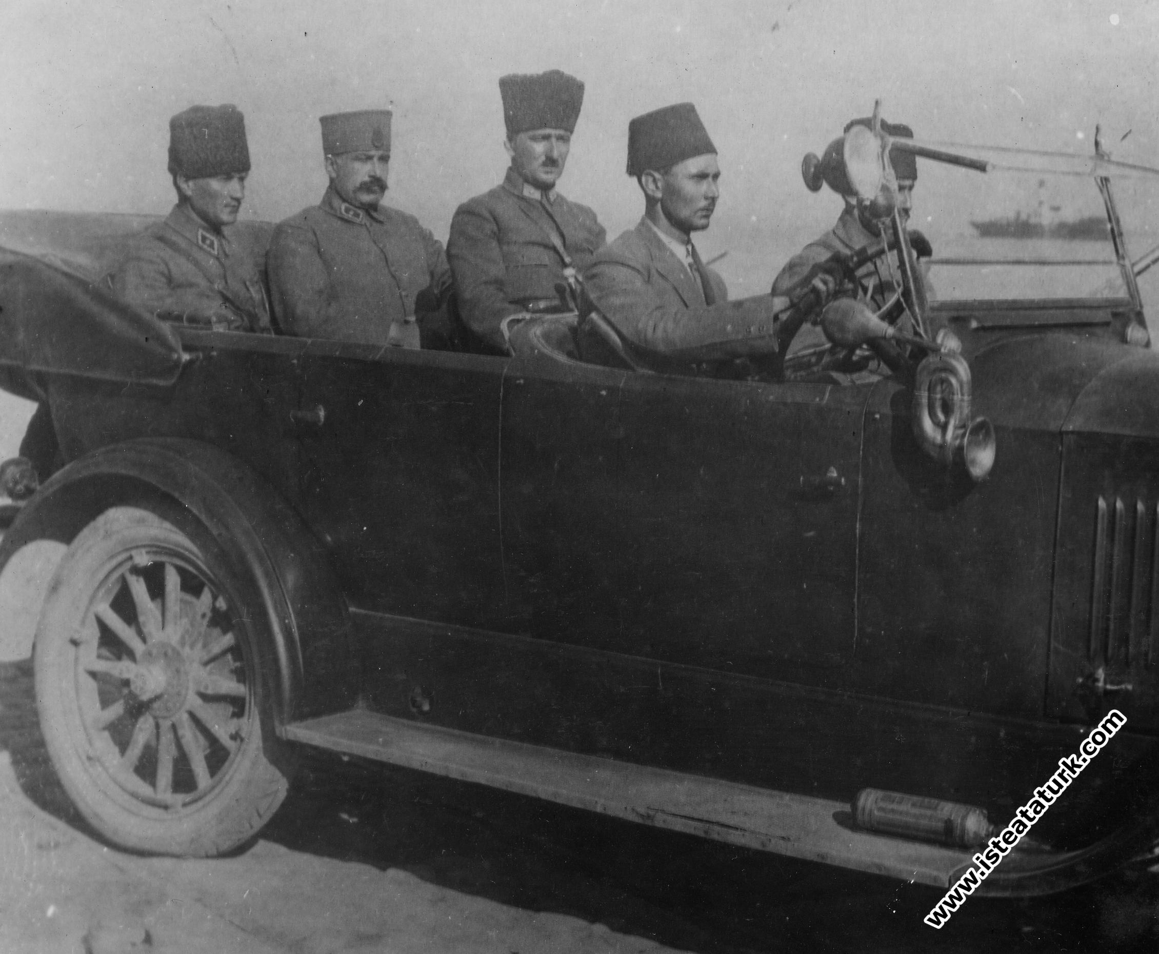 Akşam Yazarı Falih Rıfkı'ya Son Taarruza İlişkin İzmir'de Verilen Demeç, 21.09.1922