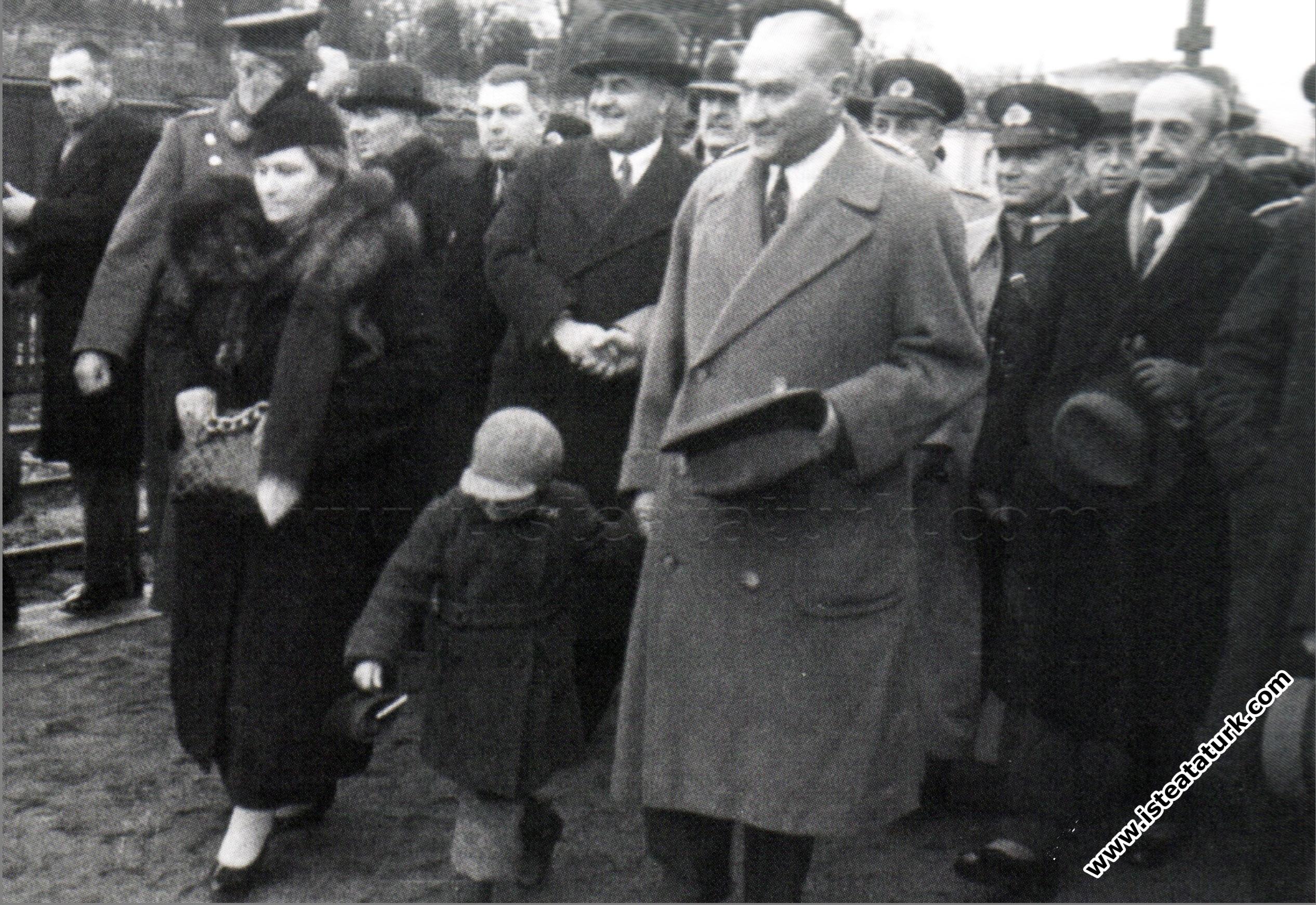 Makbule Atadan'ın Atatürk'e İlişkin Anlattıkları