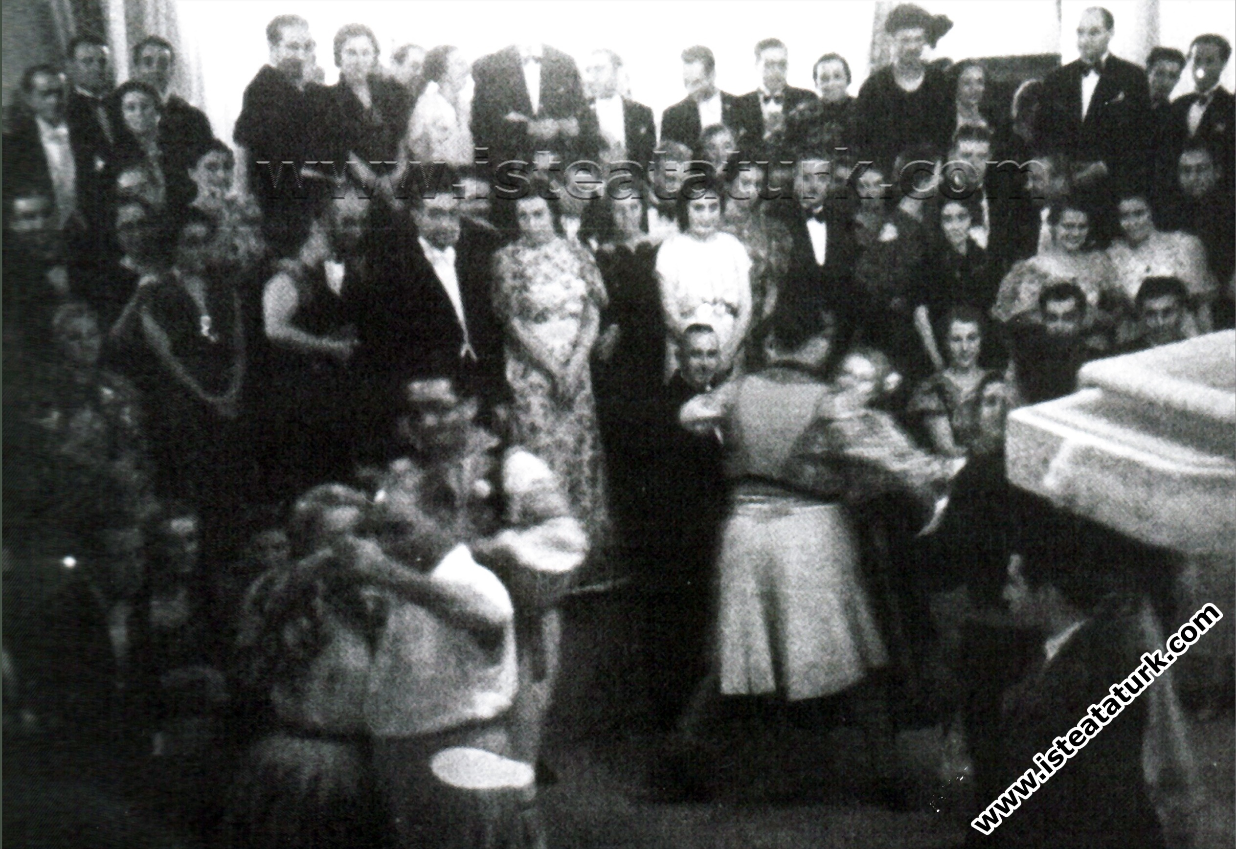 Atatürk'ün Sevdiği Bir Halk Oyunu: Balıkesir Pamukçu Bengisi