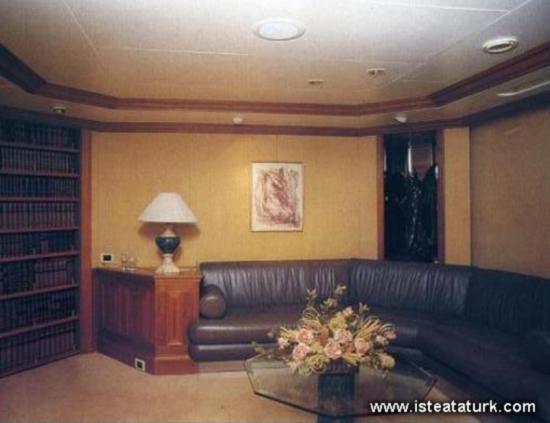 Savarona'nın okuma odası
