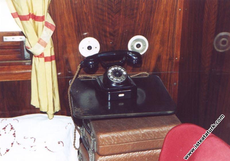 lakların özgün kutuları ile haberleşme telefon ve zil düzenekleri