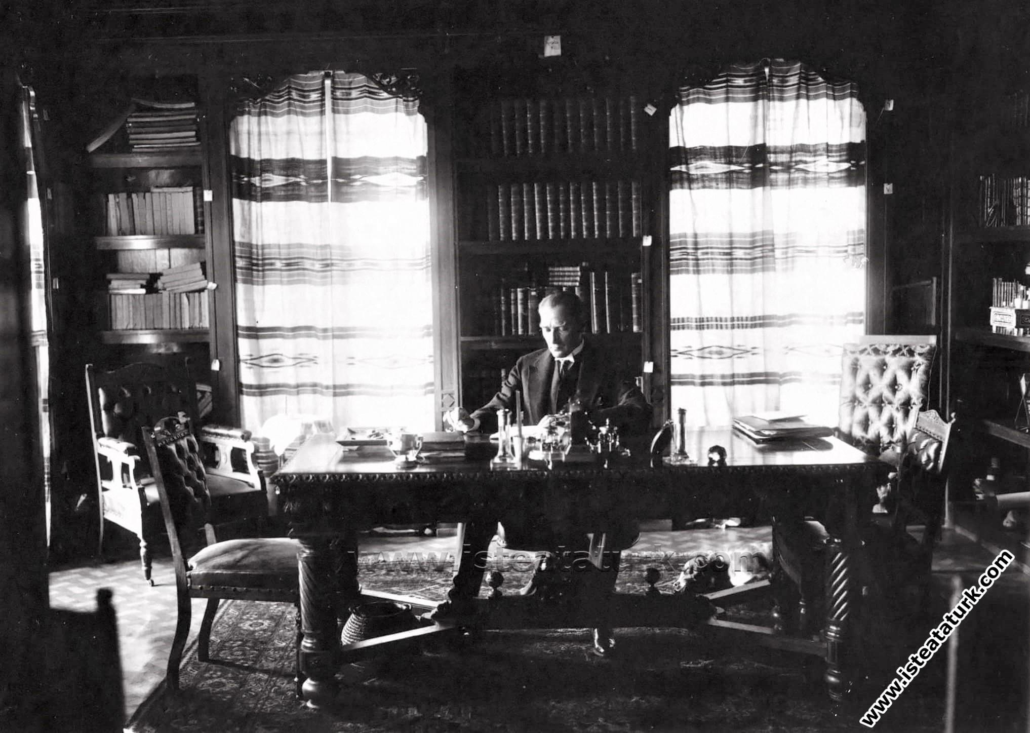 Atatürk'ün Sipariş Ettiği Bazı Kitaplar