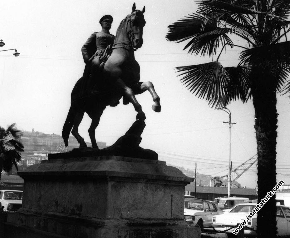 Atlı Atatürk Anıtı, Zonguldak