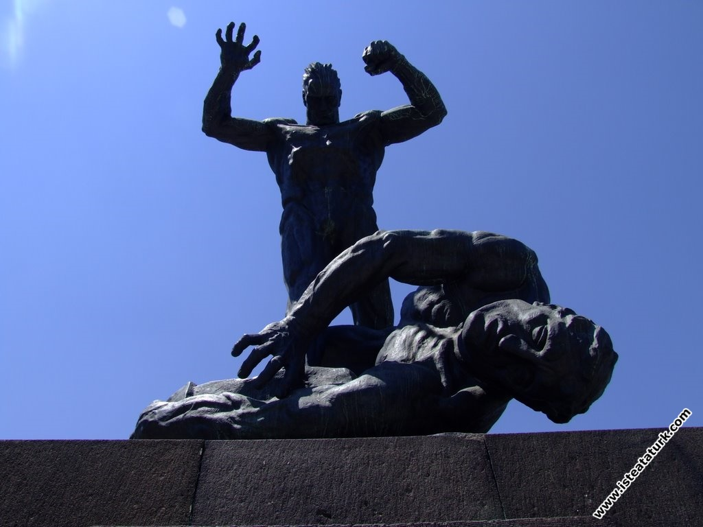 Zafer (Utku) Anıtı