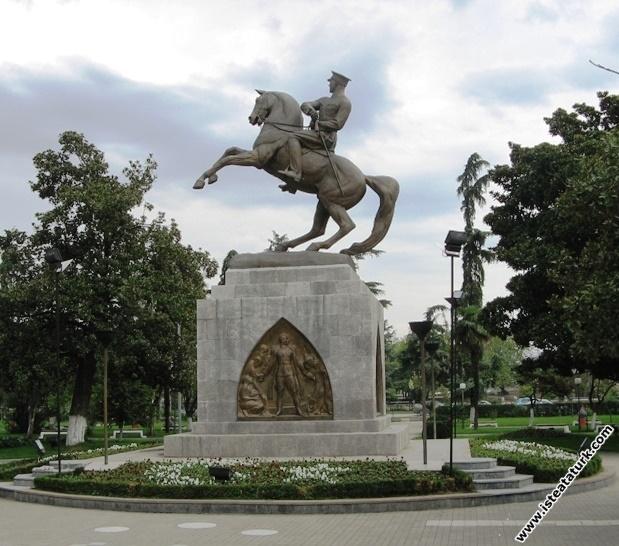Samsun Atatürk Heykeli