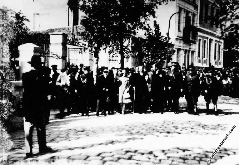 Mustafa Kemal Atatürk'ün Çanakkale'ye gelişi v...