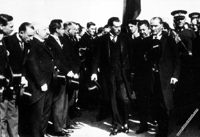 Mustafa Kemal Atatürk'ün Dolmabahçe Sarayı'n...