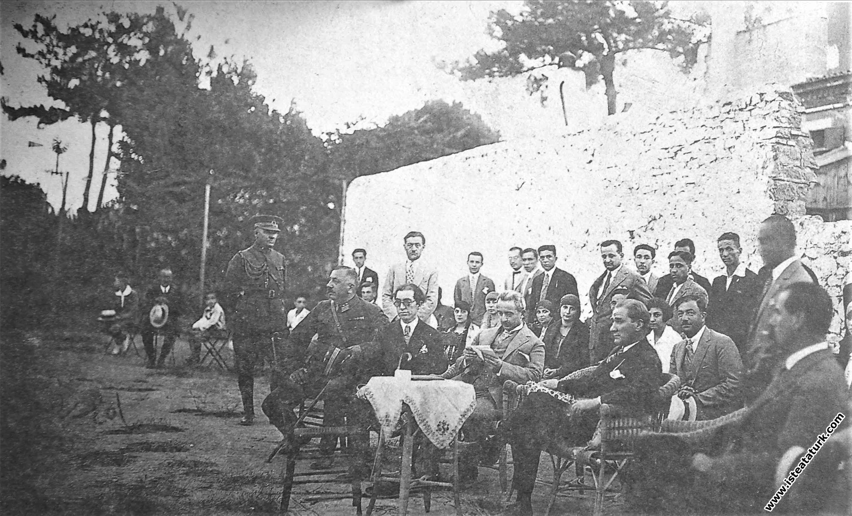 Karşıyaka Spor Kulübü'nü ziyareti sırasında...
