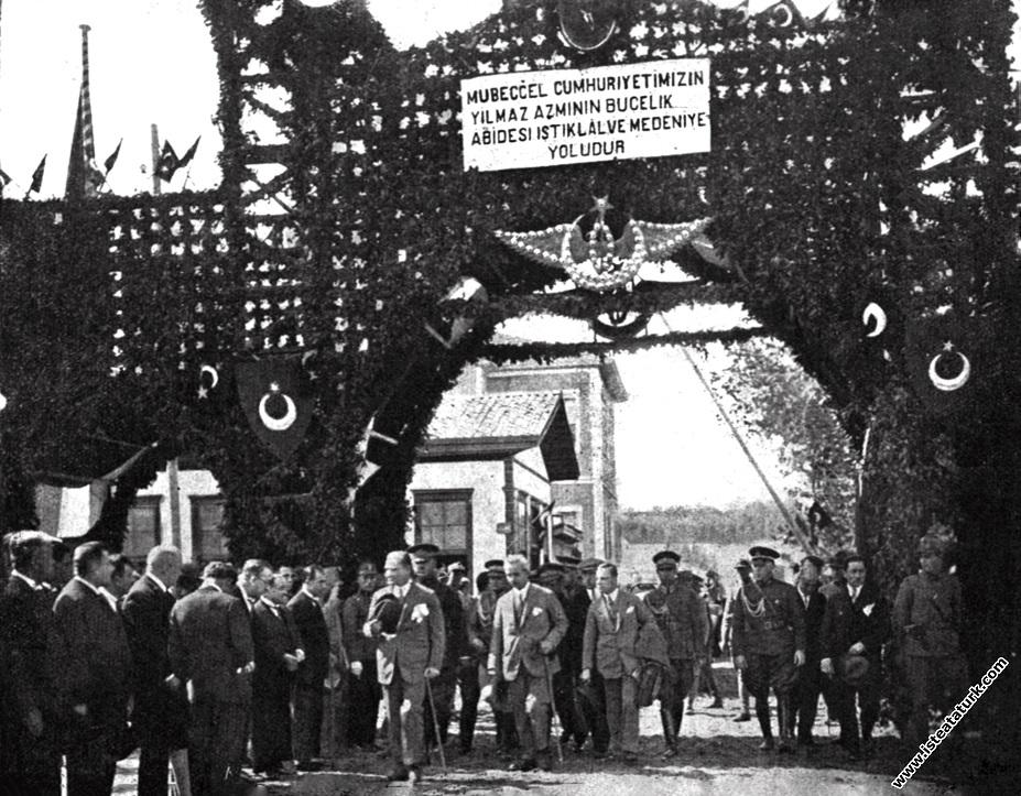 Mustafa Kemal Atatürk Samsun İstasyonu'nda hazı...
