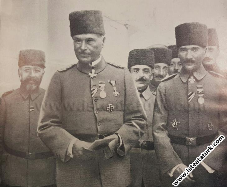 Mustafa Kemal, Alman Mareşali Liman Von Sanders il...