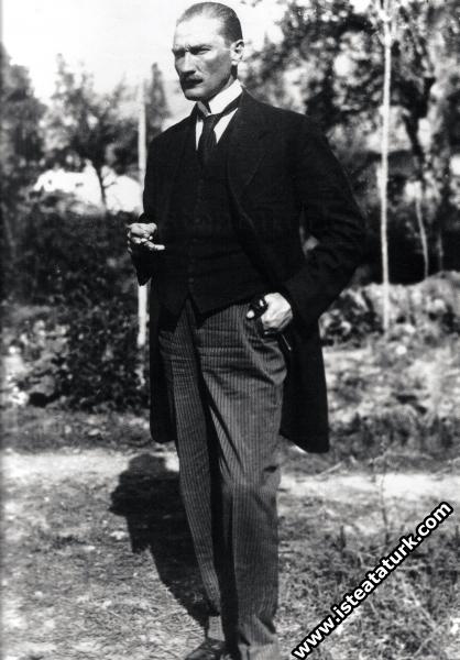 Mustafa Kemal Sivas Kongresi günlerinde. (06.09.1919)