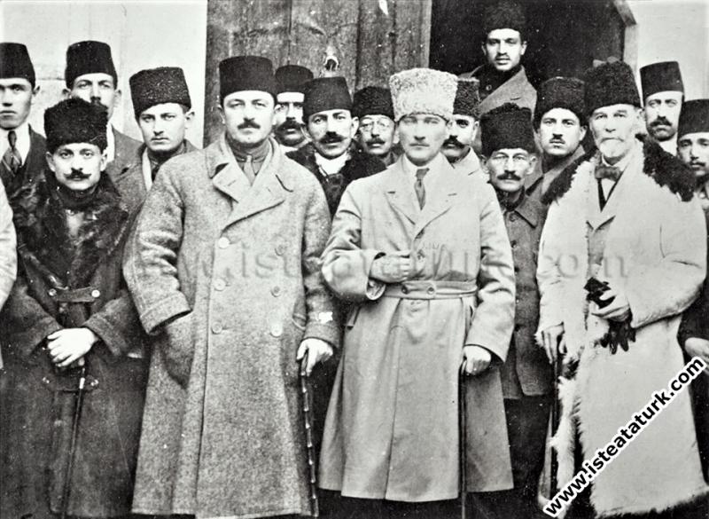Heyeti Temsiliye üyeleri Ankara'ya gelirken Kayser...