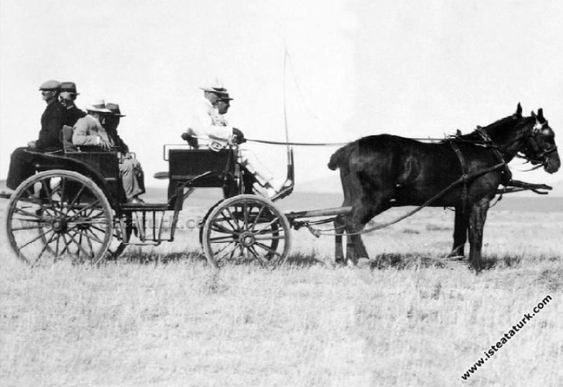 Atatürk'ün Direktif ve Tavsiyeleri Işığında Türk Tarımındaki Gelişmeler (1923-1938)