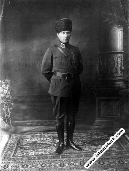 Başkomutan Mustafa Kemal Paşa Ankara'da. (20.09....