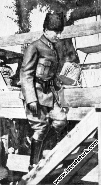 Başkomutan Mustafa Kemal Paşa, Ankara Hipodrom'da ...