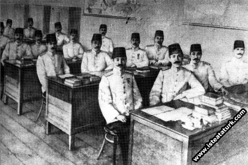 Harp Akademisinde Uyanamayan Mustafa Kemal
