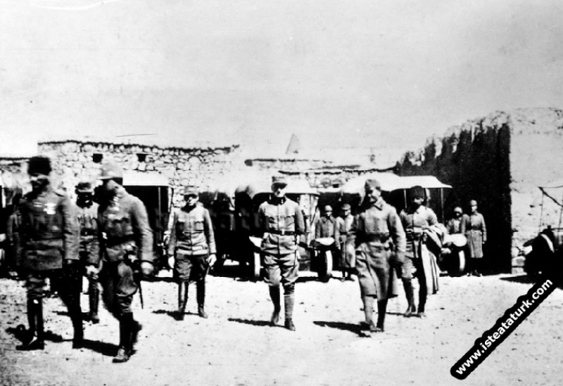 Yıldırım Orduları Komutanlığı ve Mustafa Kemal