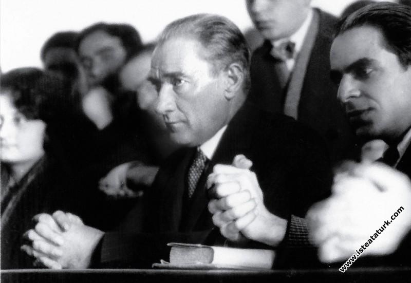 ''Unutmayınız ki, Mustafa Kemaller yirmi yaşındadır.''
