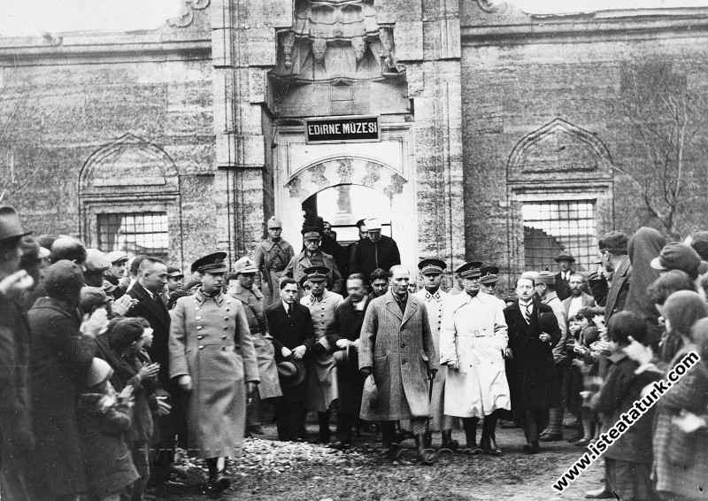 Mustafa Kemal Atatürk'ün Edirne Gezisi (25.12.1930)