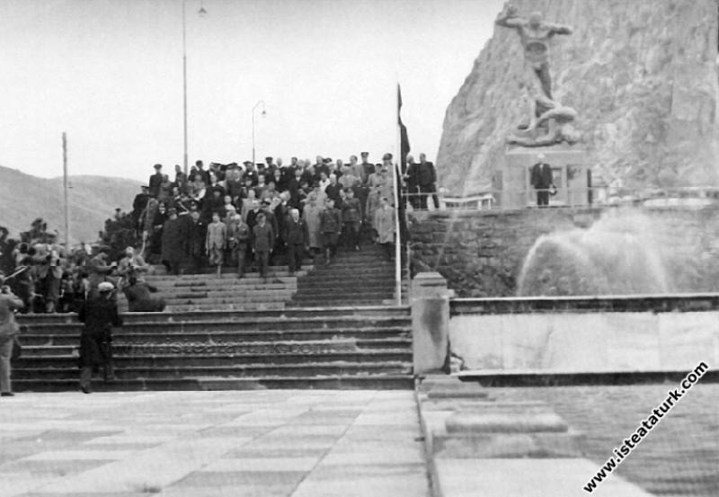 Mustafa Kemal Atatürk'ün Afyonkarahisar Gezisi (20.11.1937)