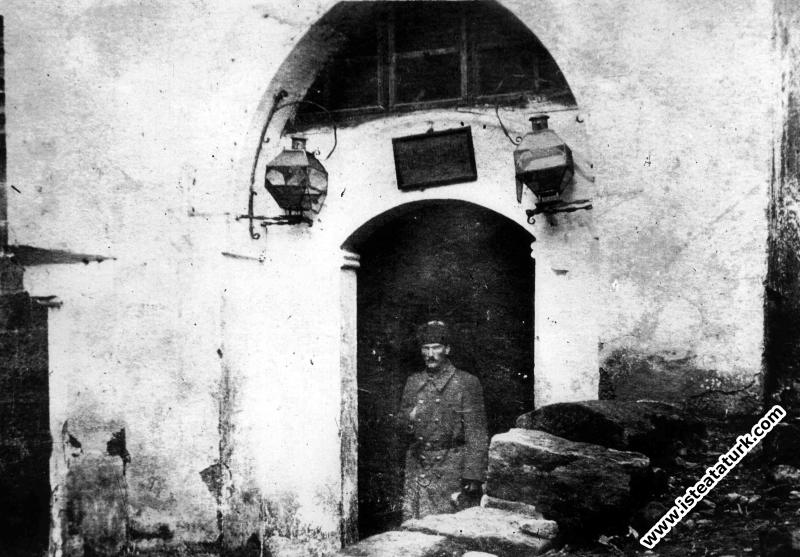 Atatürk'ün Diyarbakır'daki Kafkas Cephesi Komutanlığı. (1917)