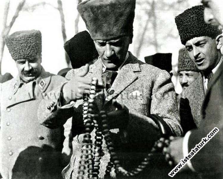 Mustafa Kemal, Genel Kurmay Başkanı Mareşal Fevzi ...