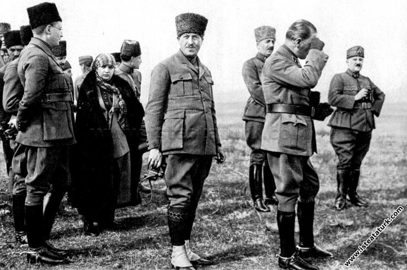 Başkomutan Mustafa Kemal Paşa, Ankara Çiftlik İsta...