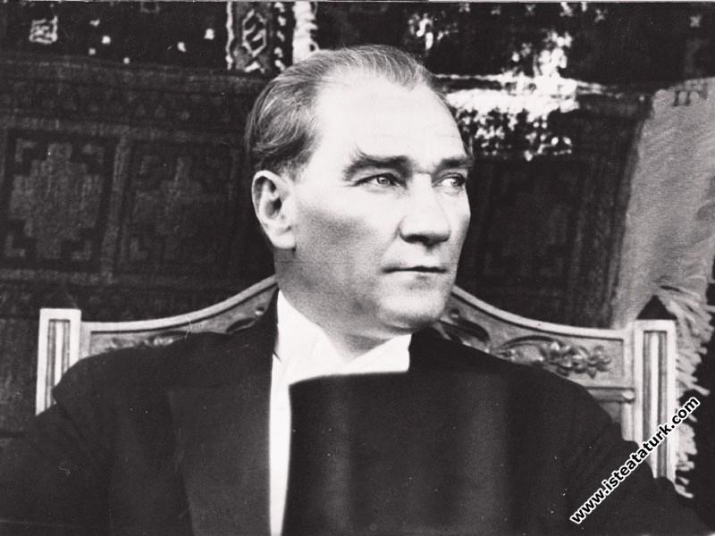 Atatürk'ün Üstün Kişiliği -2-
