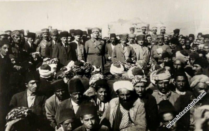 Atatürk ve Türk Milletinin Sağduyusu