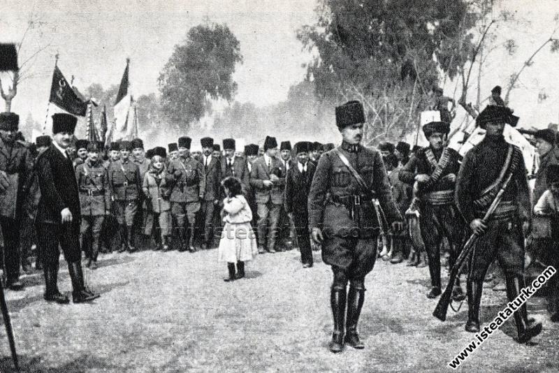 Gazi Mustafa Kemal Paşa'nın Mersin'de, Latife Hanı...