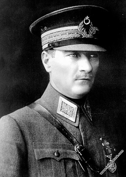 Gazi Mustafa Kemal Paşa, Ankara. (30.08.1923)...