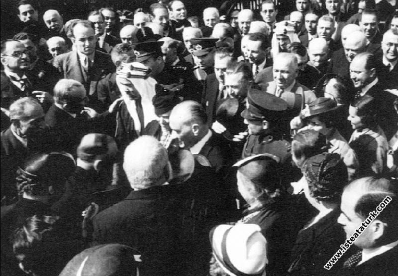 Mustafa Kemal Atatürk, Ürdün Kralı Abdullah'la İstanbul'da.  (6-7.06.1937)
