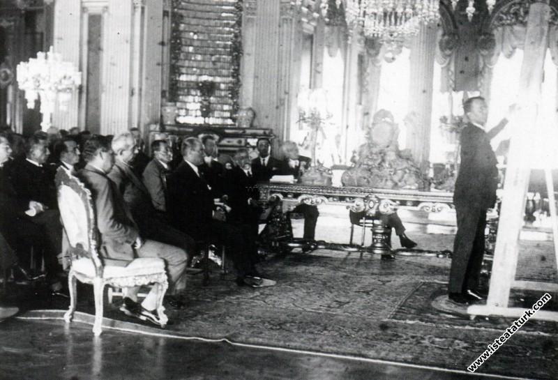 Atatürk Dolmabahçe Sarayı'nda İsmet İnönü, Kazım Ö...