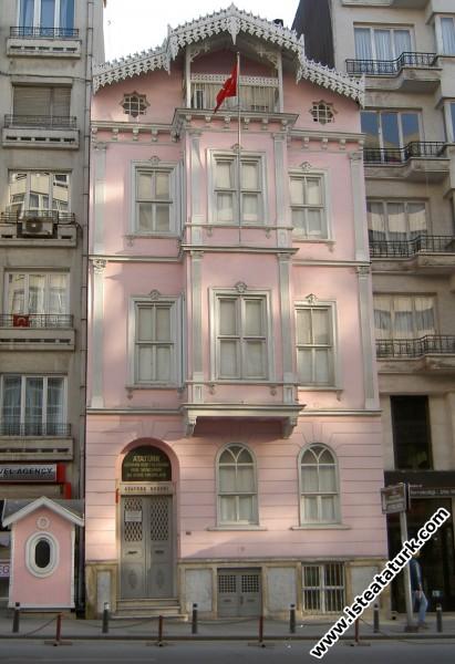 İstanbul - Şişli'de Atatürk Evi (İnkılap Müzesi)