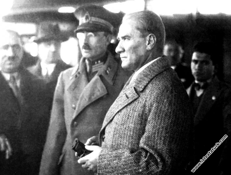 Atatürk'ü Yaşatmak