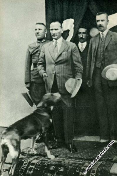 Mustafa Kemal Paşa Kastamonu'da şapka giyilmesi ha...