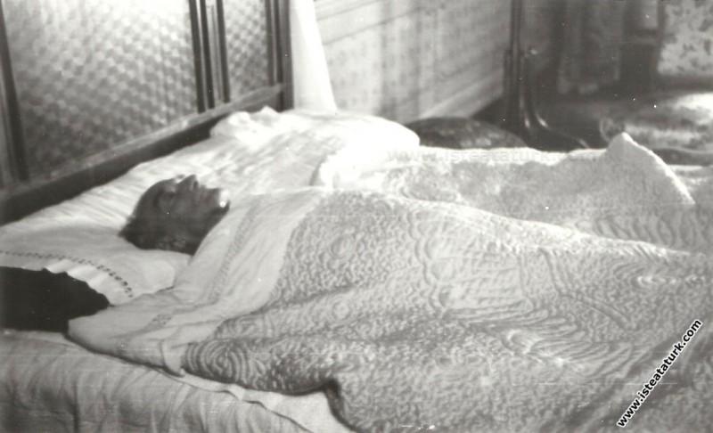 Ulu Önder Atatürk'ün Vefatı. (10.11.1938)