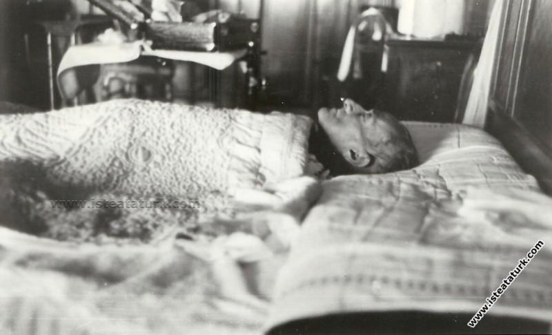 Ulu Önder Atatürk'ün Hastalığı, Son Günleri ve Ölümü. (10.11.1938)