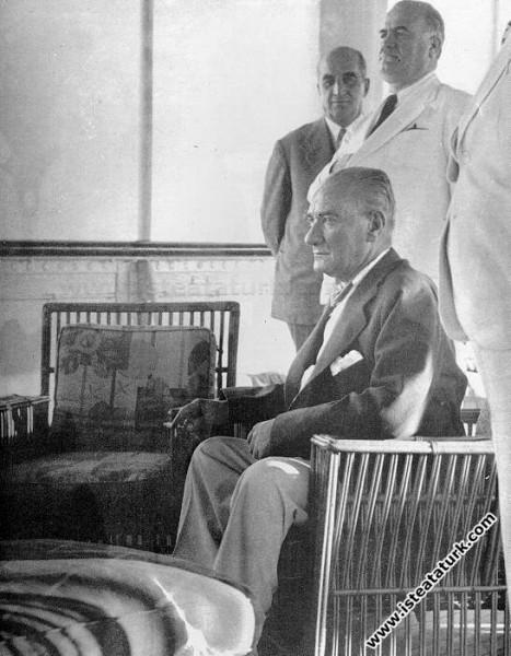 Atatürk Savarona Yatı'nda, İstanbul. (14.06.1938)...