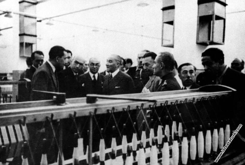 Bursa Sümerbank Merinos Fabrikası'nı açtıktan sonr...