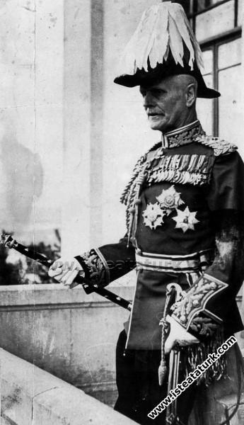 Mareşal Lord Birdwood, Ankara Halkevi balkonunda, ...
