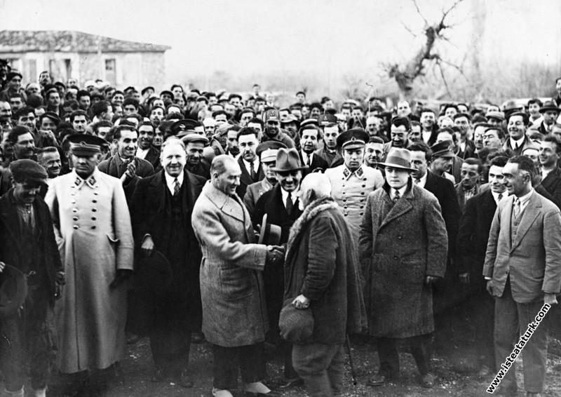 Cumhurbaşkanı Mustafa Kemal Atatürk, İzmir Kemalpa...