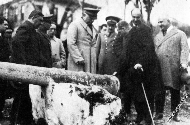 Mustafa Kemal Atatürk Antalya'da. (10.02.1931)...