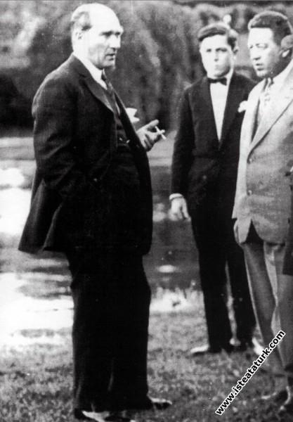 Mustafa Kemal Atatürk İstanbul'da. (02.09.1931)...