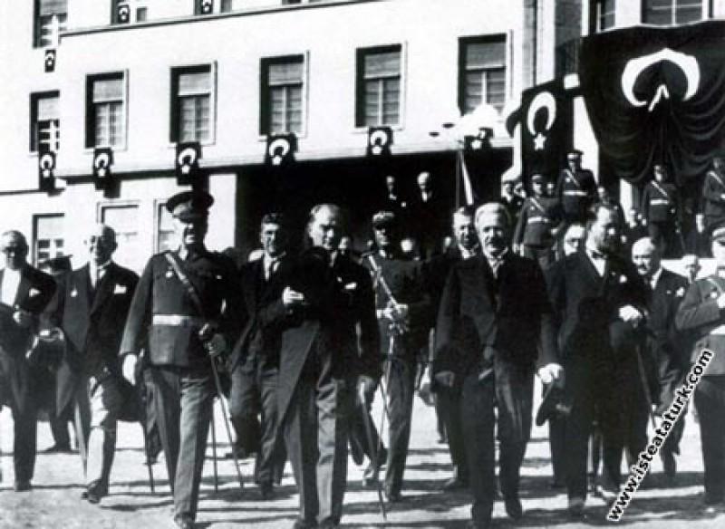 Mustafa Kemal Atatürk Genelkurmay ve Milli Savunma...