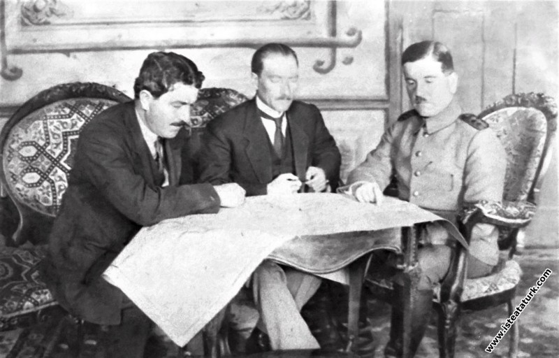 Mustafa Kemal, H.Rauf Orbay ve General Ali Fuat Ce...