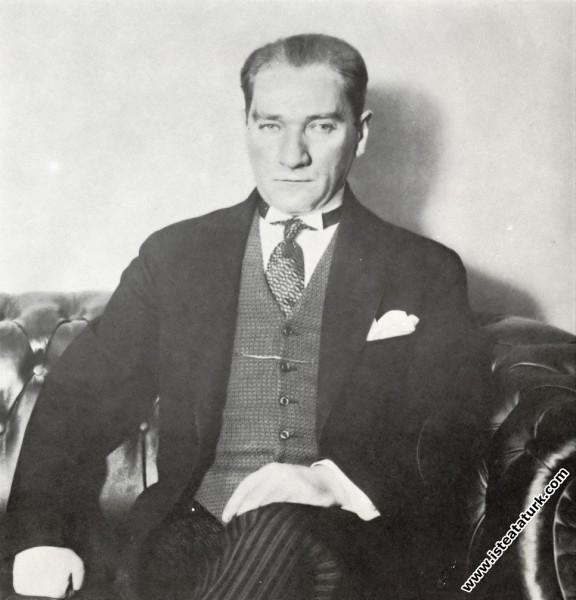 Mustafa Kemal Atatürk İşbankası'nın 1. Kuruluş Yıl...