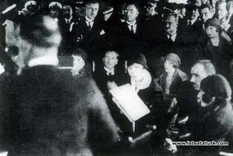 Bursa'da Şef Mustafa Sunar'ın yönettiği Dar'ül Elh...