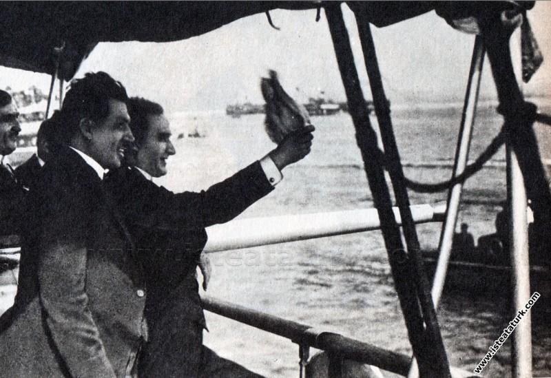 Ertuğrul Yatı ile İstanbul'a girerken İstanbullula...
